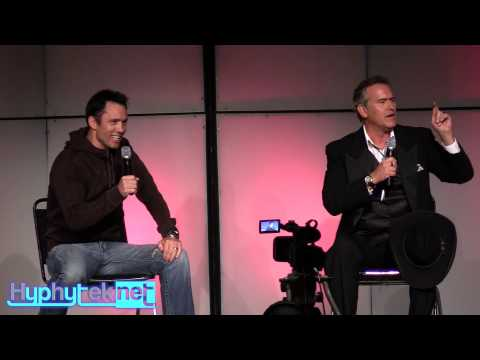 Bruce Campbell & Jeffrey Donovan at Denver Comic Con: Full Panel