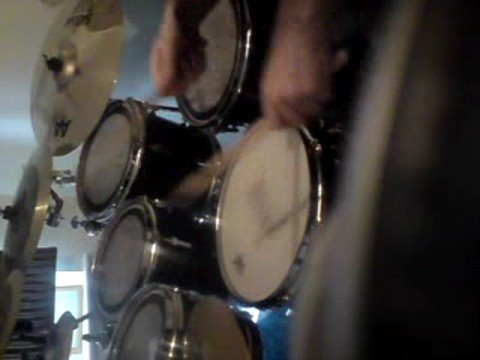 Jamie Robertson Playing sonor drums to Jill Scott Live