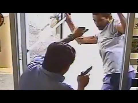 Video of Florida City Commissioner Shooting Man Trying to Shoplift