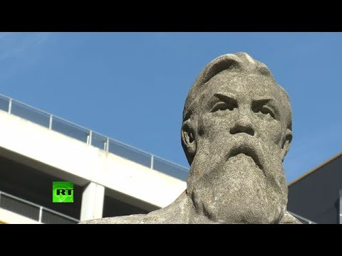 Mancs praise Engels statue in heart of City