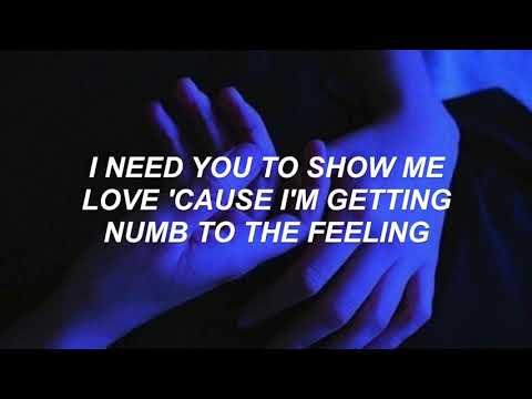Chase Atlantic - Numb to the Feeling (Lyrics)