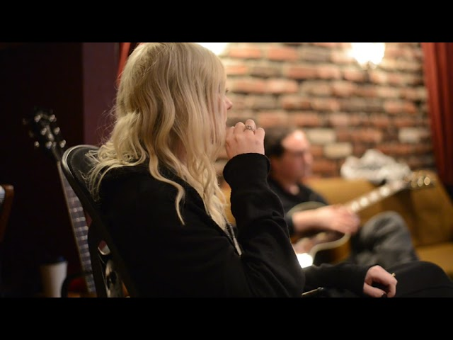 The Pretty Reckless - Only Love Can Save Me Now (Behind The Scenes)