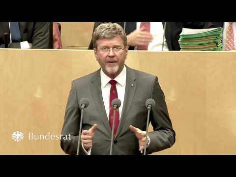 Staatsminister Dr. Marcel Huber im Bundesrat am 31. März 2017 - Bayern
