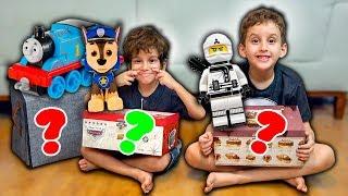 BRINQUEDOS FAVORITOS do Paulinho e Toquinho - Brinquedos da Patrulha Canina, Carros, Lego