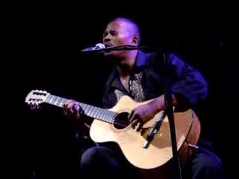 Eric Triton - blues dan mwa live Pailles Mauritius