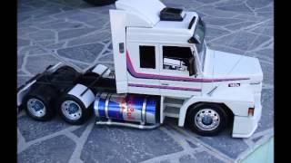 miniatura de caminhão scania 143 toda de madeira