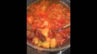 Острый испанский суп