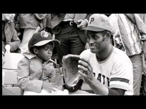 Roberto Clemente: A Baseball Revolution
