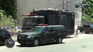 Primeiro dia do ano teve tiroteios em comunidades do Rio de Janeiro | SBT Notícias (02/01/18)