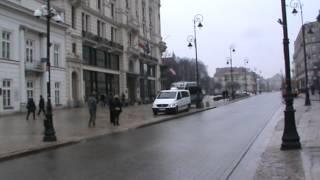 Policja chodzi za Romualdem Piątkiem w W-wie