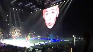 Miley Cyrus - Bangerz Tour Intro + SMS live @ Milan 08.06.2014