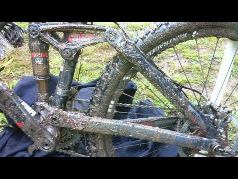 3 Secret Grip Tips for Mountain Biking in Mud and Wet Conditions
