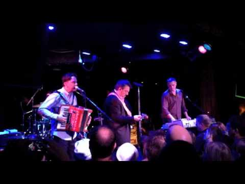 They Might Be Giants - Doctor Worm (Live @ The Corner Hotel)