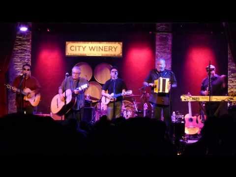 Los Lobos - La Pistola y el corazon 12-21-14 City Winery, NYC