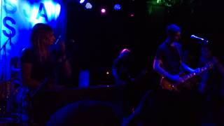 """Tigers Jaw - """"Between Your Band and the Other Band"""" (Live)"""