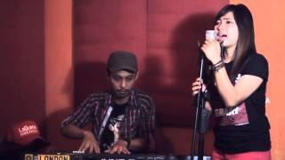 Julia LaQuena ft Medy Saputra - Iwan Fals Yang Terlupakan (Cover)