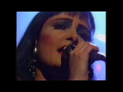 The Creatures - Standing There (Live 1989 on Big World, Channel 4 TV)