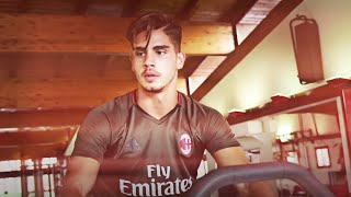 André Silva in Milan: the story