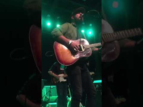 Brothers Osborne - Ramblin Fever (Merle Haggard cover)