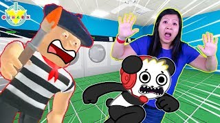 Ryan's Mommy ESCAPES ART SHOP & LAUNDROMAT IN ROBLOX Let's Play with Combo Panda