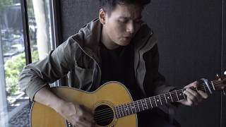 Video Rendy Pandugo performs 'Silver Rain' download MP3, 3GP, MP4, WEBM, AVI, FLV Maret 2018
