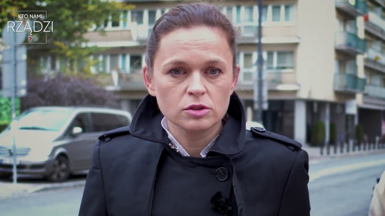 """Barbara Nowacka wspomina zmarłą matkę. I oskarża PiS. W programie """"Kto nami rządzi?"""" [odcinek 5]"""