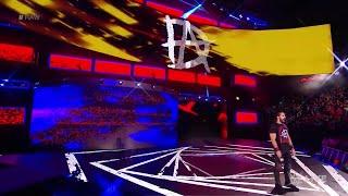 WWE Wal3ooha: سيث رولينز يكشف عن مرافقه في سمرسلام