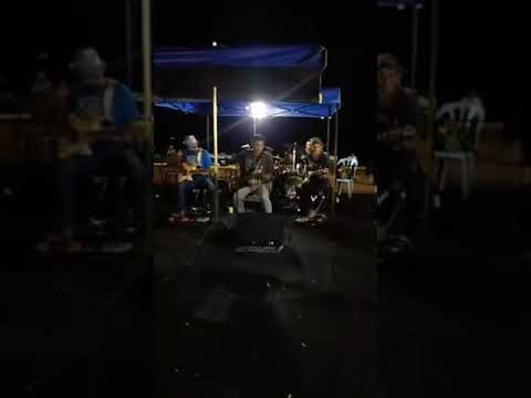 Bila rindu ku sebut namamu Siti Fairuz cover by Dm Buskers/band