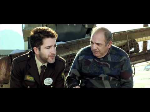 La mitad de Óscar Trailer español