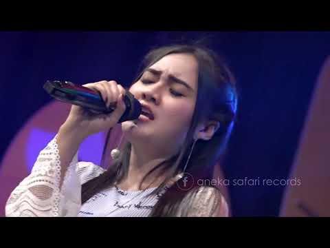 nella-kharisma---aku-takut--official-music-video