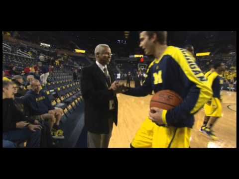 "James Brown discusses Michigan's ""secret weapon"" Greg Harden on WTKA (3/5/2014)"