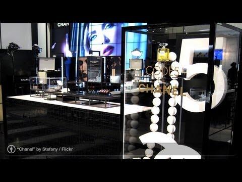 Karl Lagerfeld | Fashion Designers