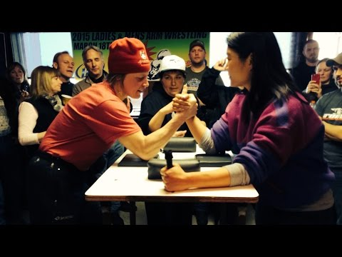 Iditarod Musher Aliy Zirkle Describes Breaking A Woman's Bone While Arm Wrestling