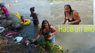 Con los amigos y Gladis la Sirenita disfrutando de un baño en el rio. Sopon de Pata. Parte 14 thumbnail