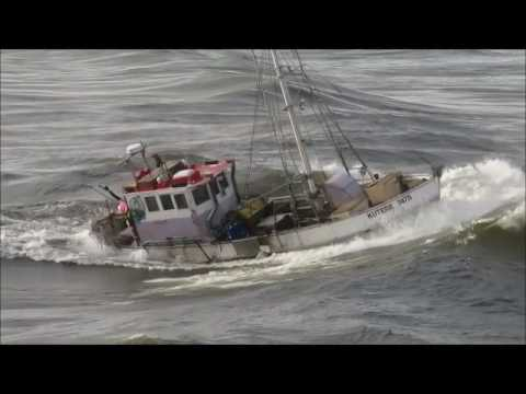 Copy of The- KUTERE- crossing the Greymouth  Bar,West Coast, New Zealand. (c).