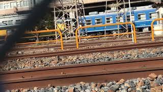 ◆国鉄色が残る サロンカーに連結された12系客車 宮原電車区 「一人ひとりの思いを、届けたい JR西日本」◆