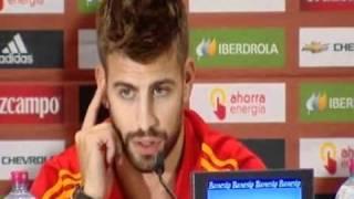 Gerard Piqué responde en Catalán y Sergio Ramos se molesta