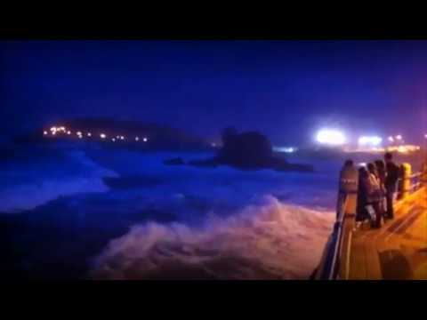 Cantabrian sea WITH BRAVES WAVES