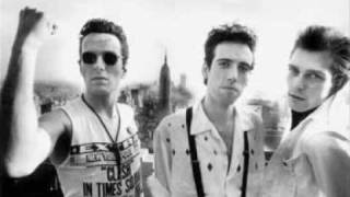 THE CLASH - CLASH CITY ROCKERS (alternative version)