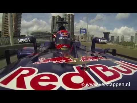 Max Verstappen in Scuderia Toro Rosso Formula 1, Erasmusbrug Rotterdam, VKV City Racing
