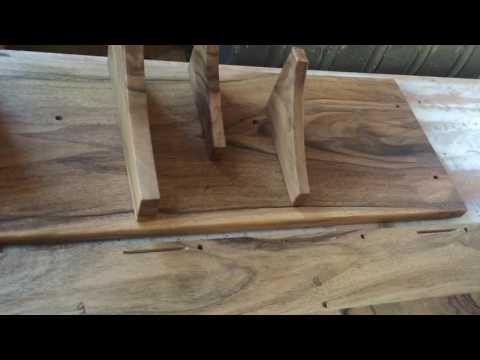 Тумбочка и вешалка в прихожую. Орех. Соединение ласточкин хвост.