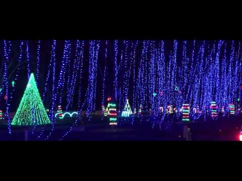 The Dancing Lights of Christmas at Jellystone Park   Nashville, TN 2016
