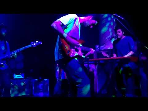 Strings (Reprise) - Young The Giant LIVE! @ Galaxy Theater