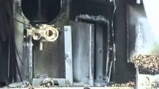Máquina de limpieza para desengrase de piezas mecanizadas de latón