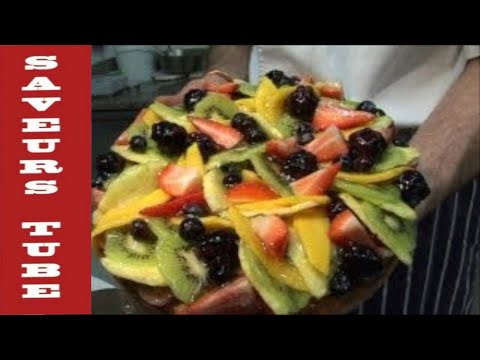 SAVEURS HOW TO MAKE A FRESH FRUIT & ALMOND TART WITH JULIEN PICAMIL FROM DARTMOUTH UK