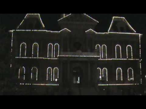 Cambridge Ohio Guernsey County Courthouse Christmas Holiday Light Show #1