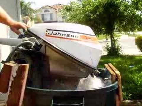 Johnson 10 sea horse outboard boat motor doovi for 4 horse boat motor