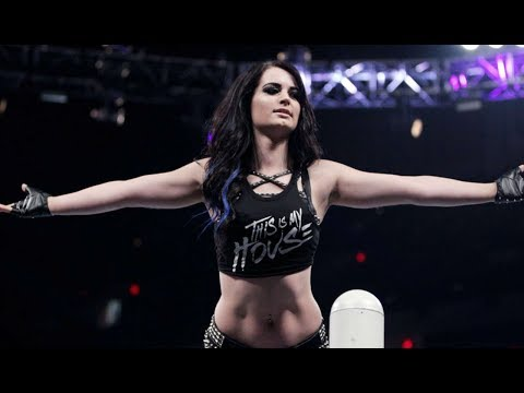 Paige Says She'll Make WWE Return 'Soon'