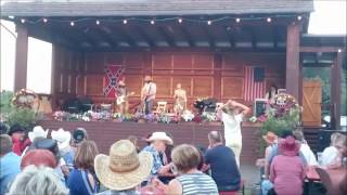 Mrs. Greenbird in Daubitz - 2017 auf der Forest Village Ranch