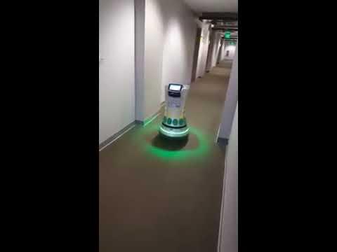 Servei d'habitacions d'un hotel del futur ... AVUI
